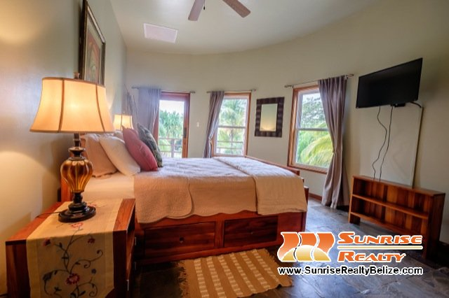 Solaria-Villa-II-Belize-Vacation-Rental-Bedroom