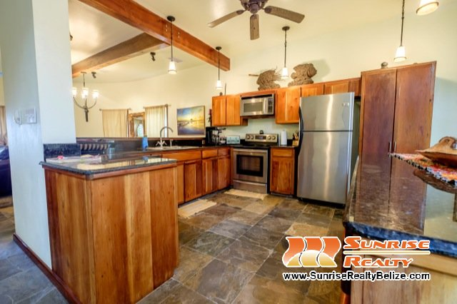 Solaria-Villa-II-Belize-Vacation-Rental-Kitchen
