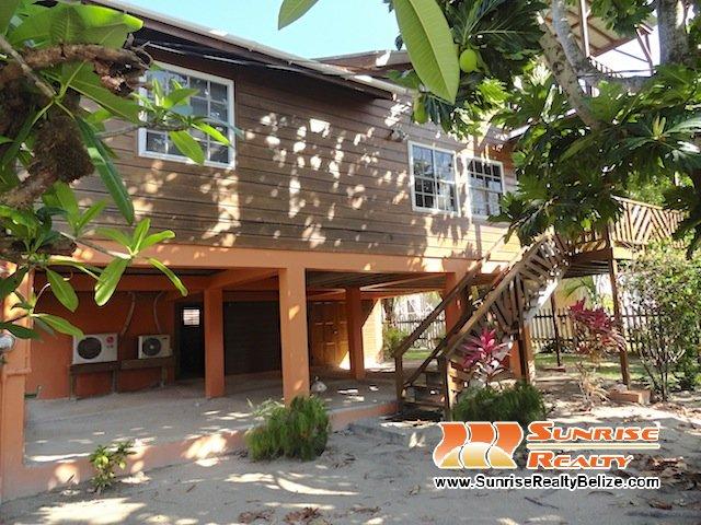 Tres Cocos Garden Home